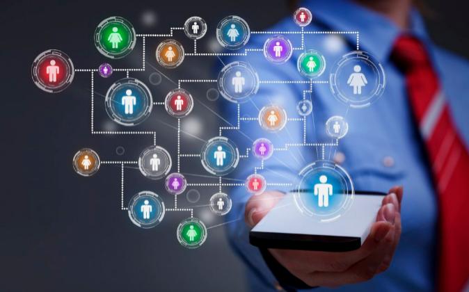 Así te buscan las empresas en las redes sociales